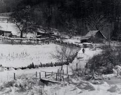 Tim Barnwell  -  Toney Plemmons' Farm in Snow, 1989 / Silver Gelatin Print  -  15.5 x 19.25