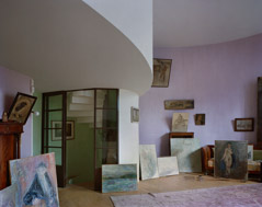 Richard Pare  -  Melnikov House, Moscow / Chromogenic Print  -  32 x 48