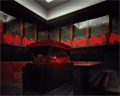Richard Pare  -  Lenin Mausoleum, 1998 / Chromogenic Print  -  16 x 20