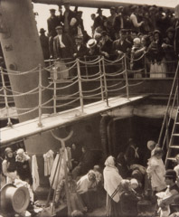Alfred Stieglitz  -  The Steerage 1908 / Photogravure  -  7.25 x 6