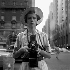 Vivian Maier  -  September 10th, 1955, New York City / Silver Gelatin Print  -  12 x 12