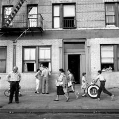 Vivian Maier  -  108th St. East, New York, NY, Sept. 28, 1959 / Silver Gelatin Print  -  12 x 12