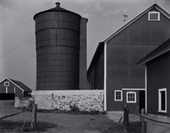 Edward Weston  -  Connecticut Barn, 1941 / Silver Gelatin Print  -  7.5 x 9.5