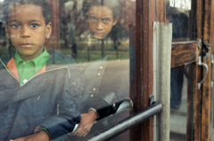 Vivian Maier  -  Chicago, April 1977, (2 boys) / Chromogenic Print  -  10 x 15 on 16 x20 paper